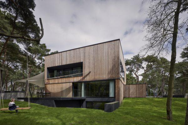 ultra-architects-dom-nad-morzem-lato-01-1280x752
